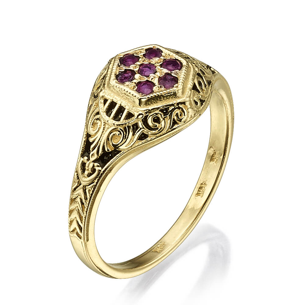 Vintage Style Yellow Gold Garnet Ring - Baltinester Jewelry