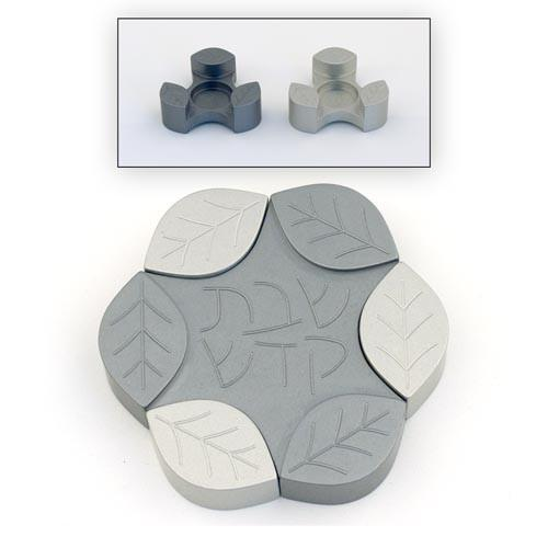 Large Leaves Candle Holders - Gray - Baltinester Jewelry