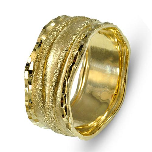 14k Gold Diamond-Cut Faceted Wedding Band - Baltinester Jewelry